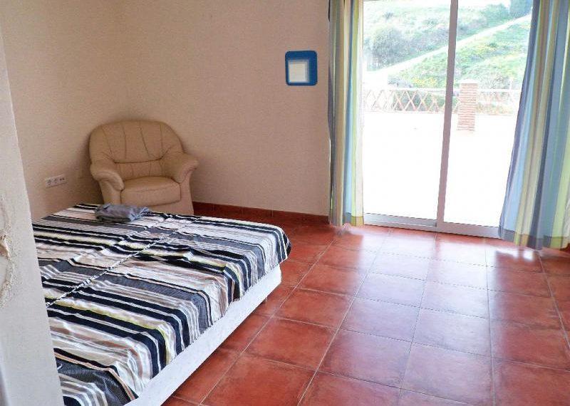 18-bedroom-ref-4141