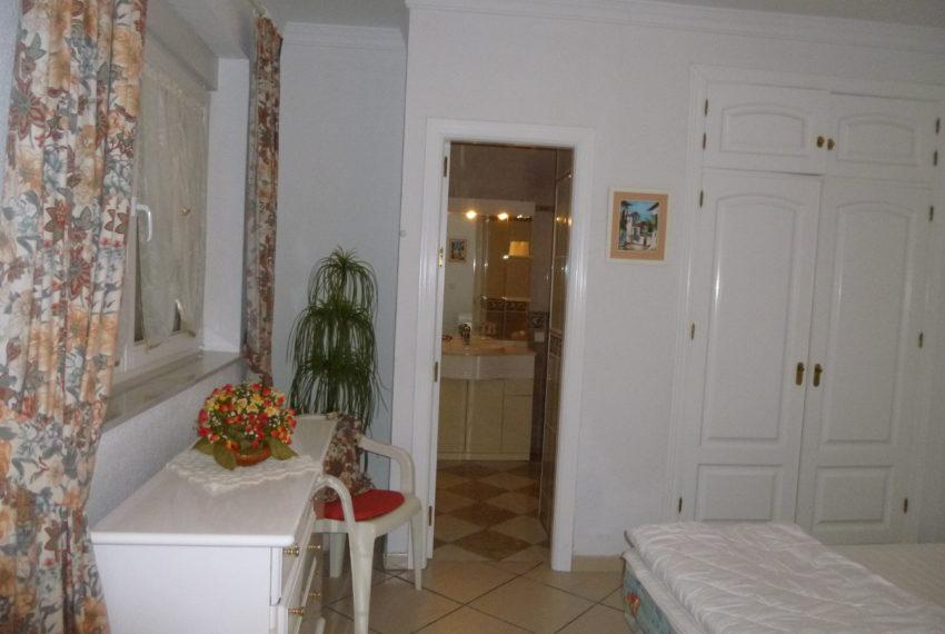 villa and apartment 006