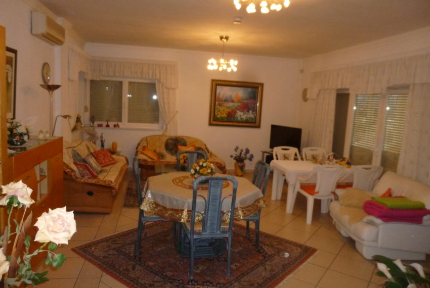 villa and apartment 021