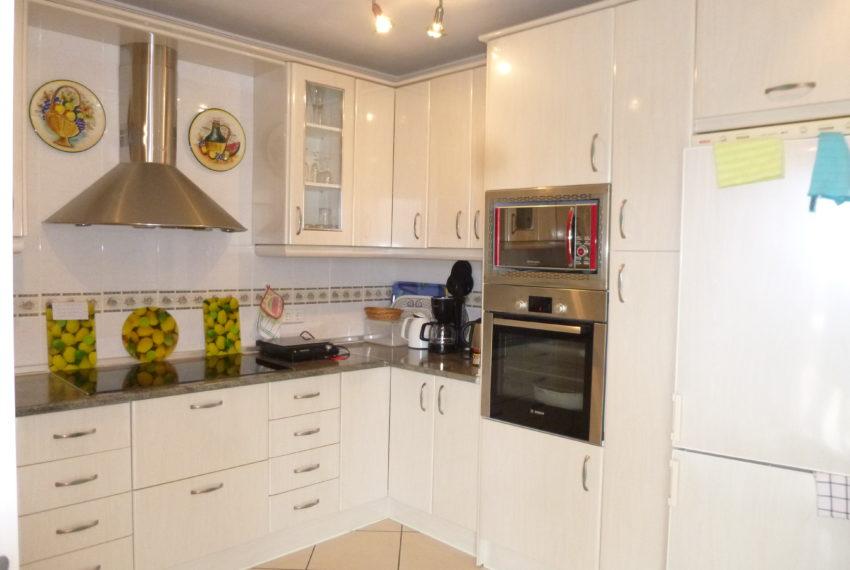 villa and apartment 050