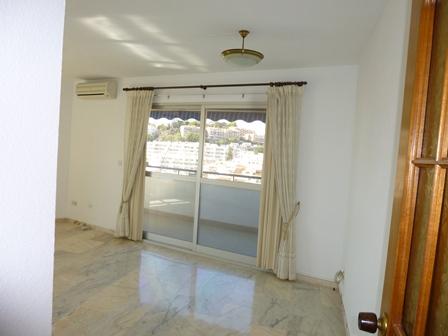 villa and apartment 058